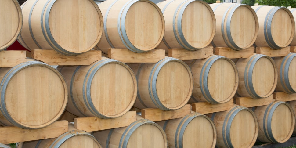 New oak barrels more strongly affect flavor, as will oak that has been toasted longer.